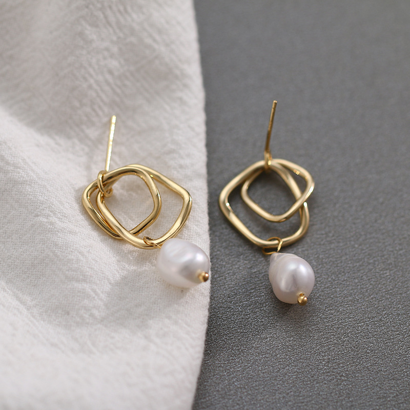 2019 Hollow earrings 14k gold natural pearl 925 silver needle ladies temperament earrings