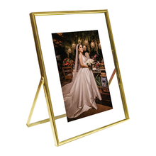 Commercio all'ingrosso di stile Moderno metallo di Placcatura in oro da sposa photo <span class=keywords><strong>frame</strong></span> regalo di nozze 4X6 5x7 6x8 11x14 metallo photo picture <span class=keywords><strong>frame</strong></span>