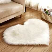 Плюшевое одеяло Love Heart, искусственный мех, имитация шерсти, коврик для пола, Искусственная овчина, лохматые ковры для гостиной и спальни(Китай)