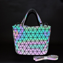 Geometrica <span class=keywords><strong>Borsa</strong></span> Luminoso Delle Donne Tote Bag Holographich Borse e Borsette Flash Riflettente Crossbody Bag per Le Donne