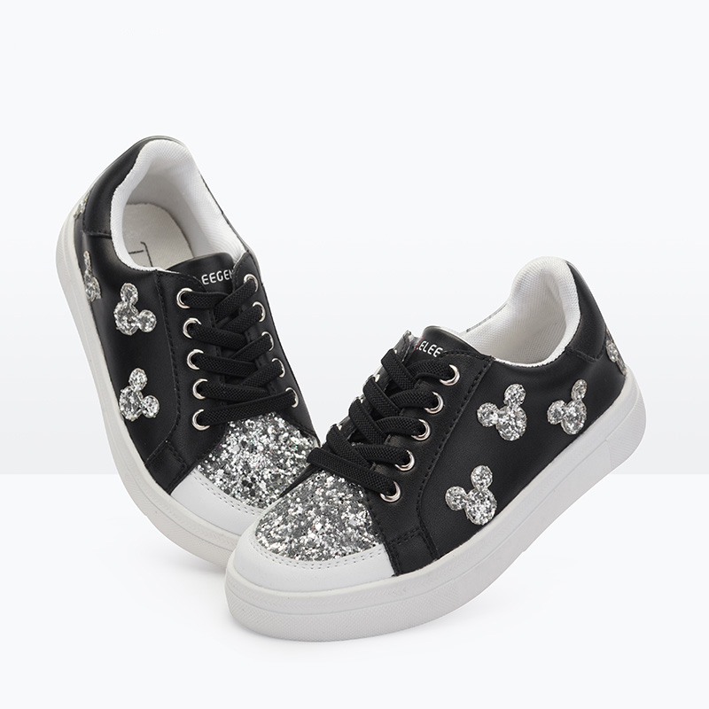 girls white lace shoes