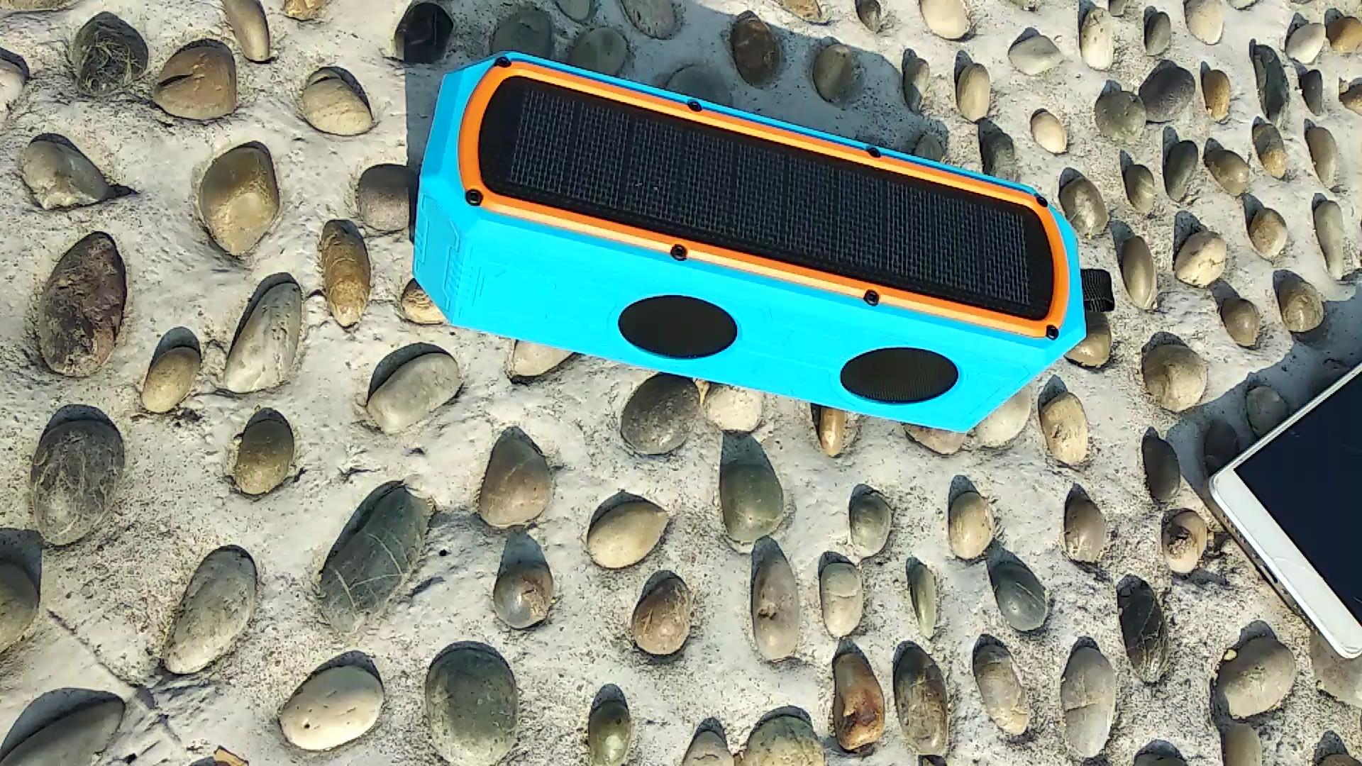 Portable Column Wireless Stereo Music Box Solar Power Bank Blue tooth Speakers MP3 Loudspeaker Outdoor Waterproof Speaker