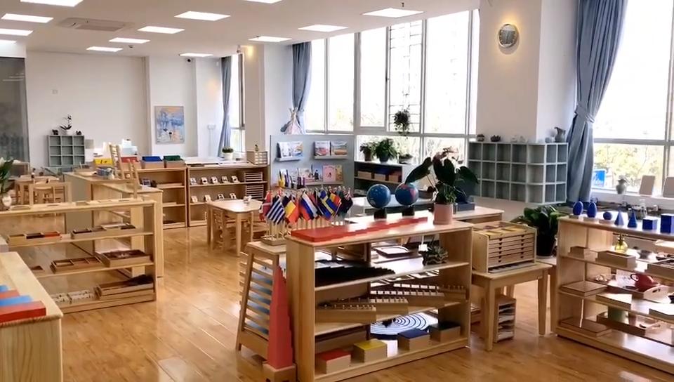 लकड़ी मोंटेसरी सामग्री sensorial शैक्षिक बच्चे खिलौने ज्यामितीय ठोस