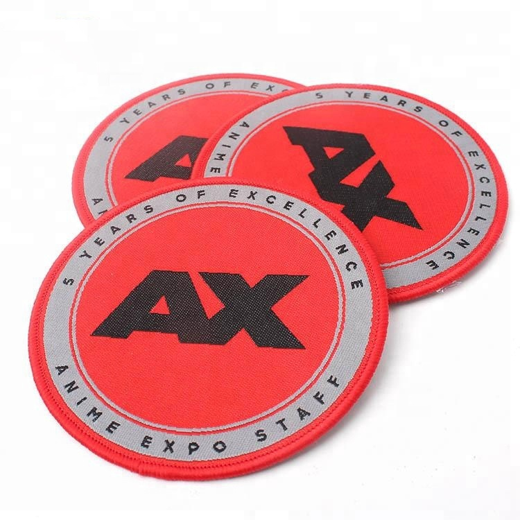 Iron on Backing Design Custom Weaving Brand Name Logo Clothing Woven Patches with Merrow Border фото