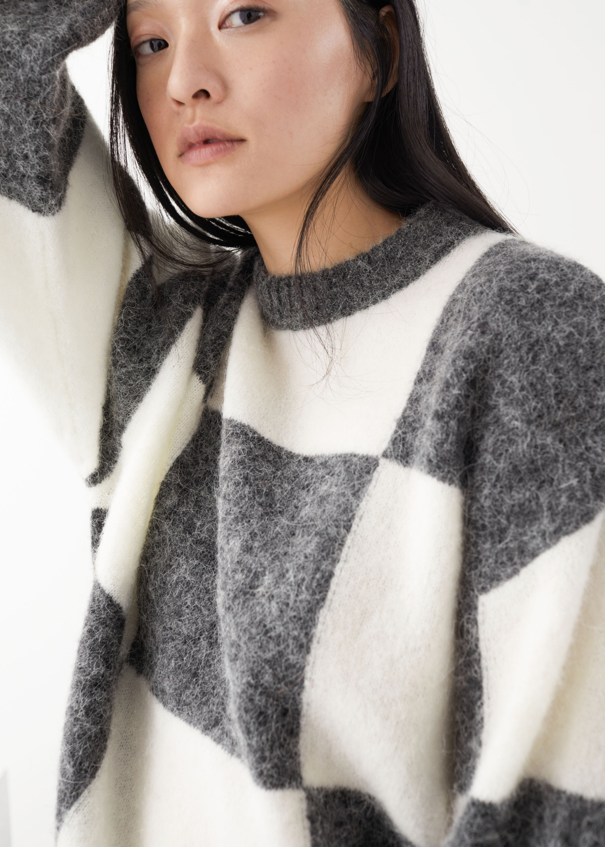 2020 OEM winter chunky mohair sweater women Alpaca Blend Jacquard knit jumper hoodie sweaters with boxy silhouette.