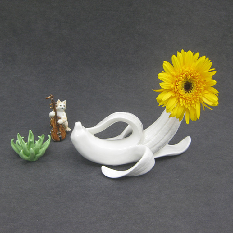Hot style Handmade Ceramic Glazed Crafts Porcelain Home Creative Banana Decorations