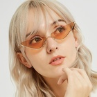 2019 Small frame sun glasses red vintage clear lens oval cat eye sunglasses women metal