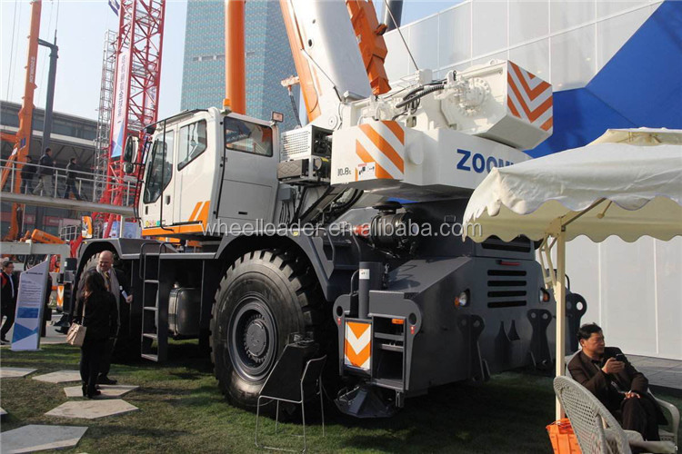 Oriemac Machinery Zoomlion Brand 85 ton Rough Terrain Crane ZRT850 Heavy Crane Price