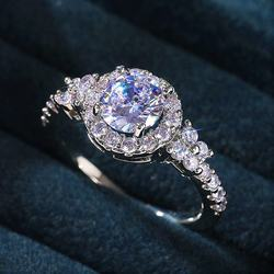 Fashion Luxury Crystal Engagement Ring for Women