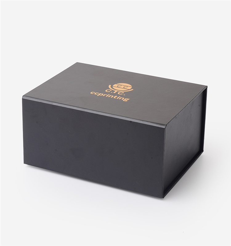 Custom  Clothes Collapsible Rigid Large Gold Logo Magnet Black Magnetic Gift Box Packaging