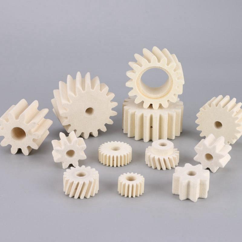 Industrial use felt gears suck oil to lubricate helical gears
