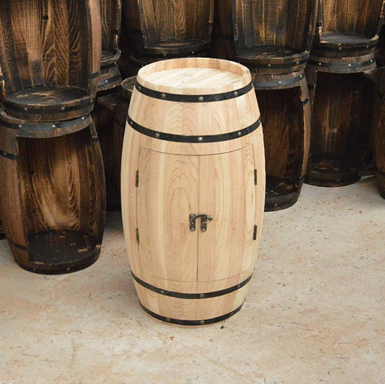 Decorative wooden barrels that can be opened