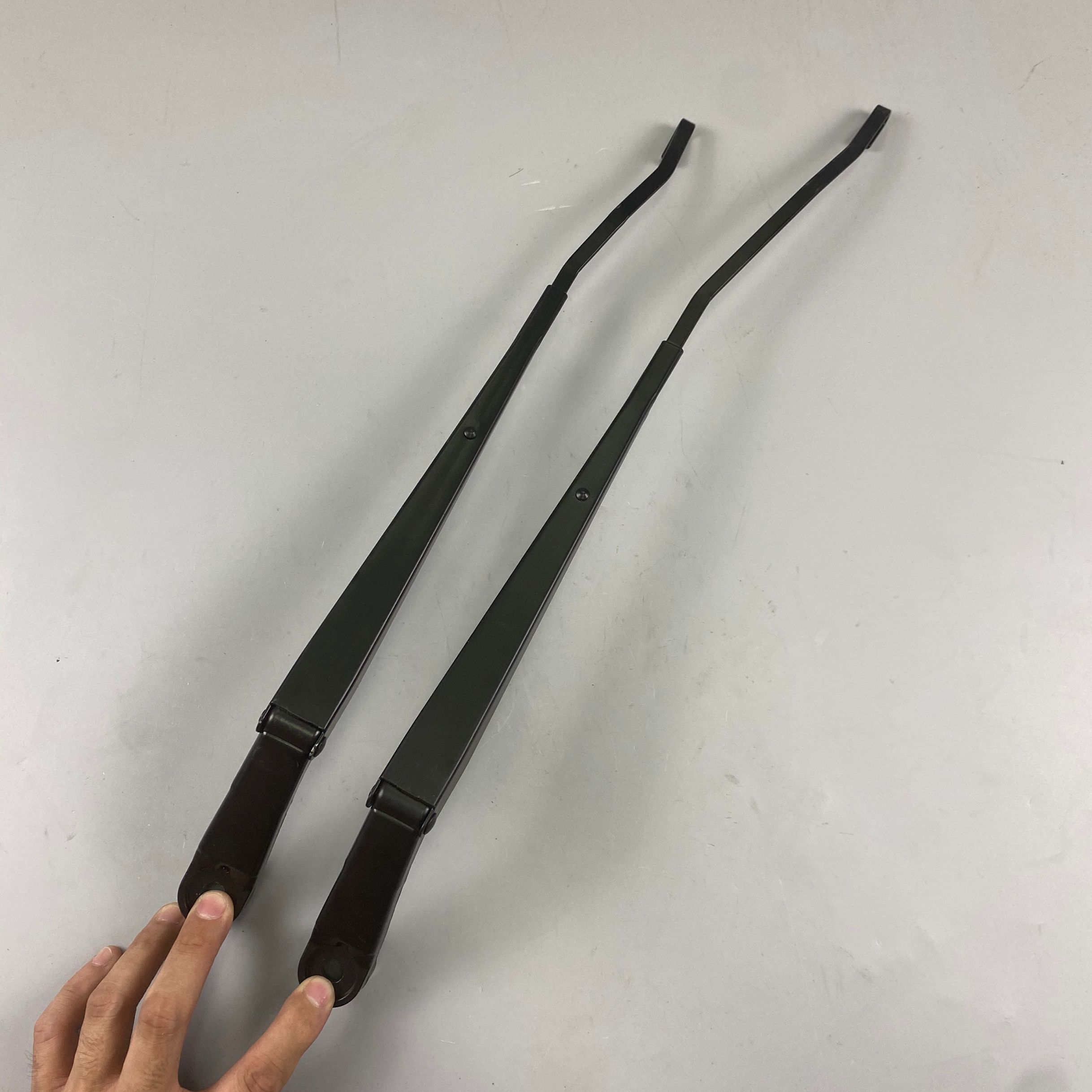 High quality windshield wiper arms for hiace narrow body LHD