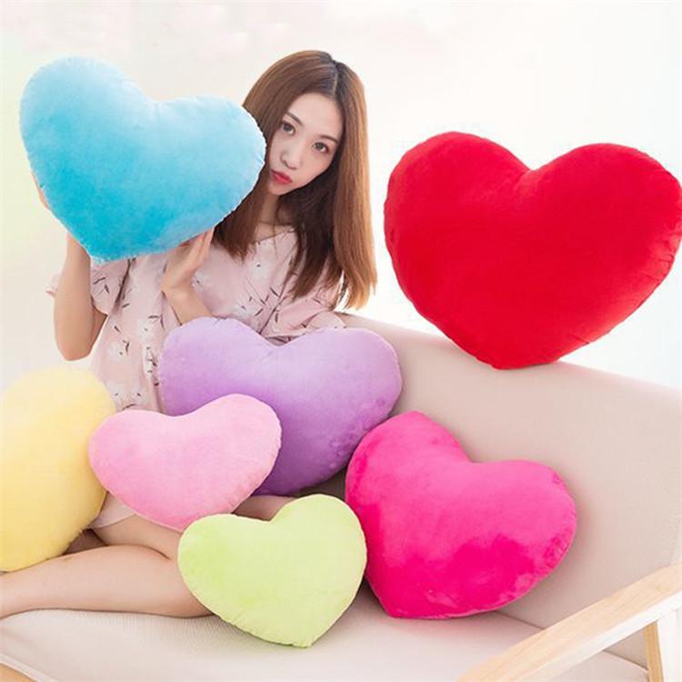 8 इंच 20cm लवली घर सजावटी सोफे तकिया दिल के आकार आलीशान खिलौना के लिए वेलेंटाइन दिवस उपहार फेंक तकिया लड़कियों