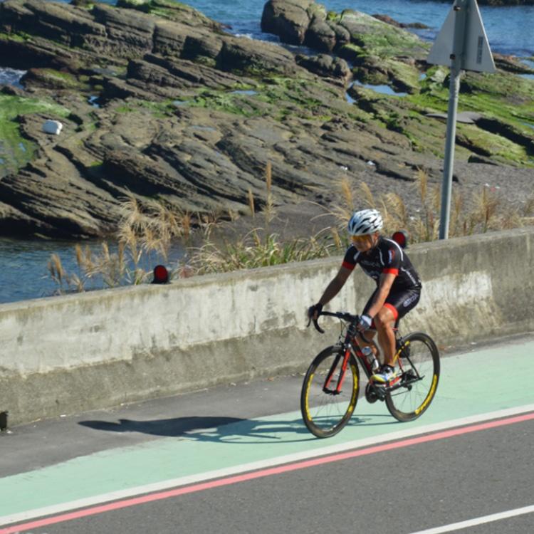 Lightweight mesh superior ventilation road bike shoes women cycling shoes