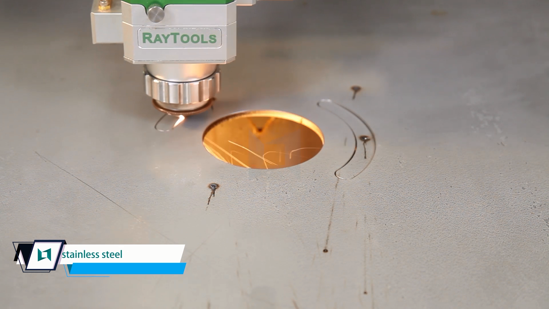 2020 TOP SELLER 1000w 2000w wuhan raycus ipg cnc laser fiber metal cutting machine steel for stainless steel