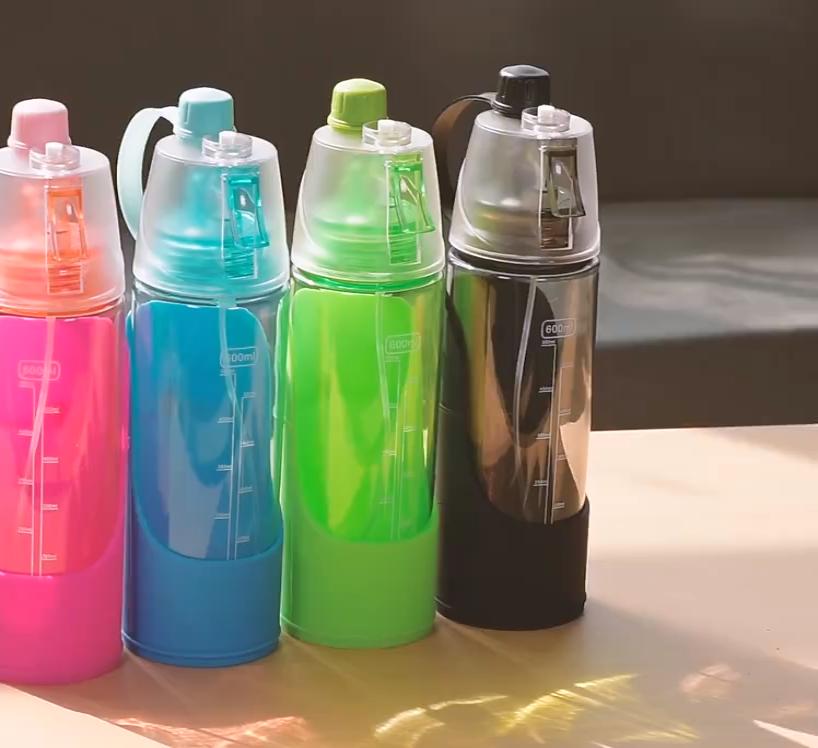 2020 Amazon Beste Verkopen 600 Ml Hond Custom Flessen Portable Hond Water Fles Water Reizen Voor Persoon en Honden