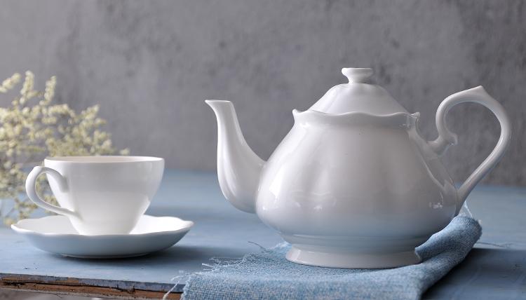 porcelain tea sets with teapot