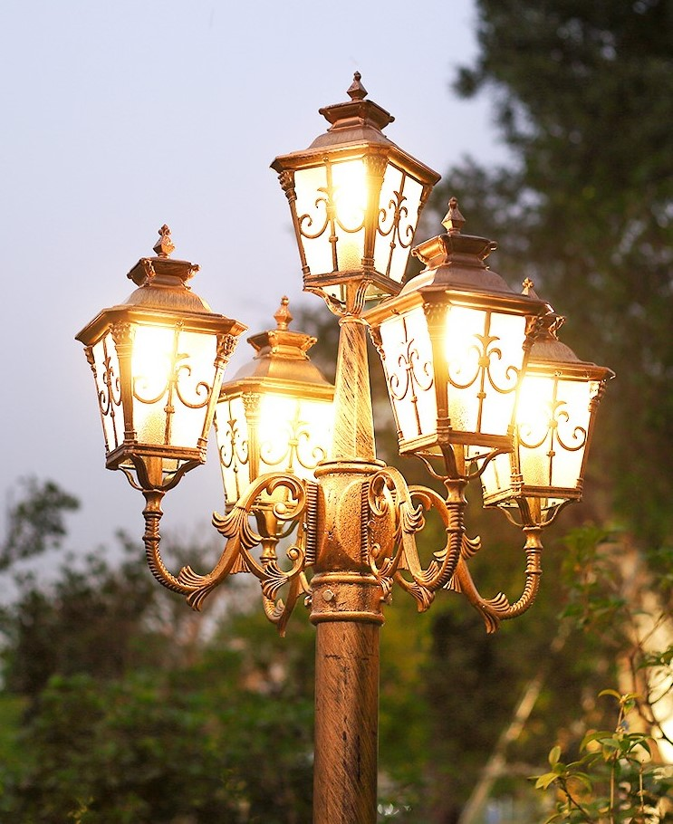 Factory Price Iron Lamp/Vintage Cast Iron Street Lamp Iron Lamp Post