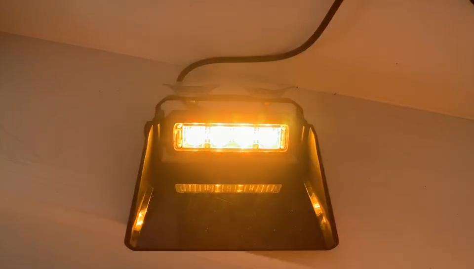 أدى إنفاذ القانون 4 ليد الطوارئ تحذير ضوء فلاش الأحمر الأزرق سيارة مركبة داش سطح الصمام قناع مصباح إضاءة بسيارة الشرطة