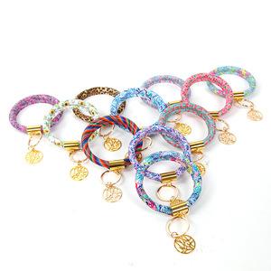 L339 Chic Printing Leather Key Chain Colorful Snakeskin Circle Pendant Wristlet Bracelet Keychains