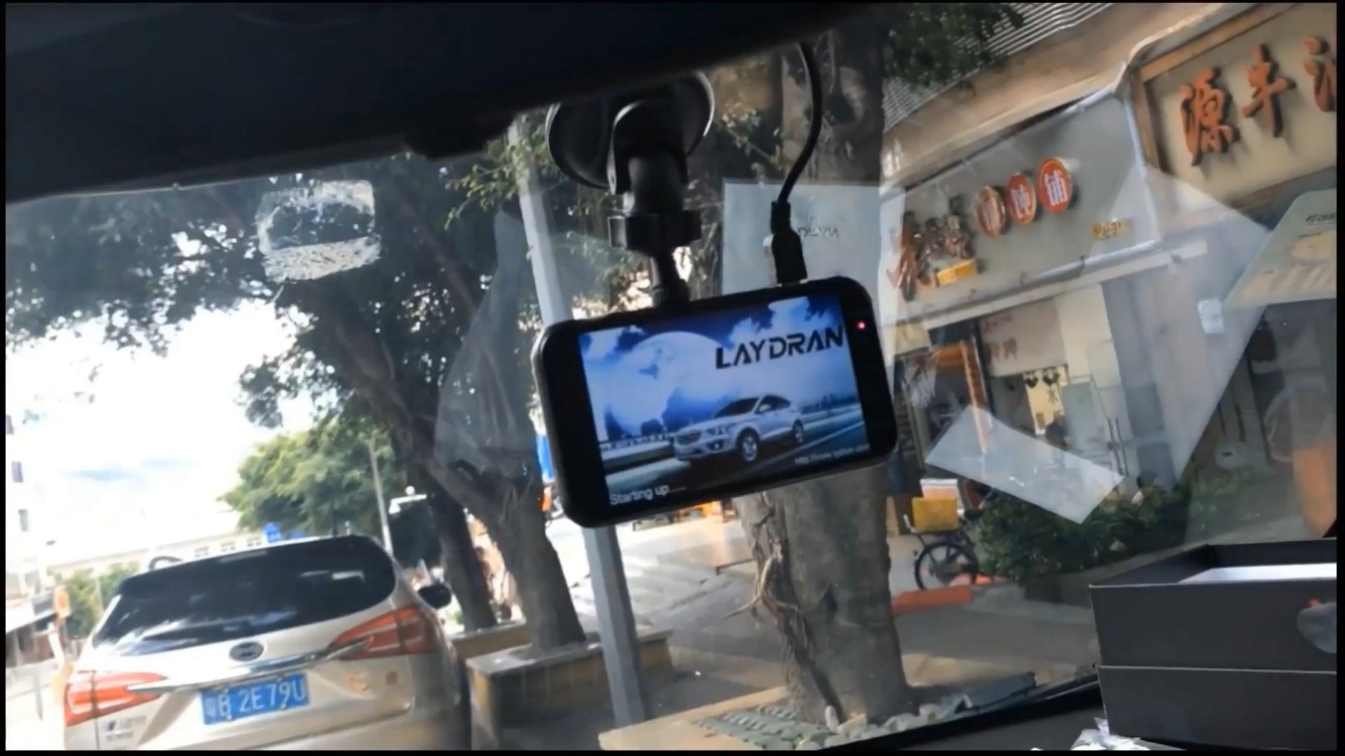 """Fhd 1080 1080p車カメラ、laydran wdr dvrカムコーダと 4 """"incch hdディスプレイadas 170 度gセンサーの駐車モニター"""