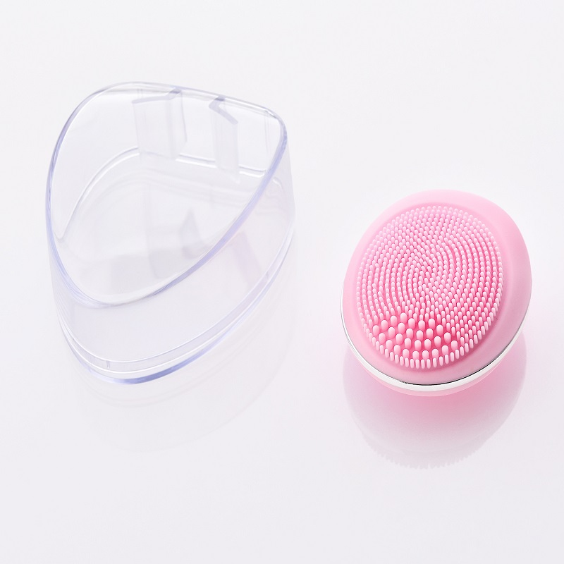 Hot Sale Portable Electronic Silicone Deep Cleansing Facial Brush and Massager