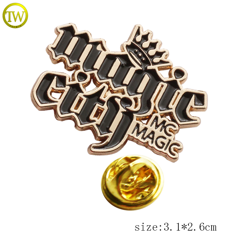 Classic 3d alphabet letters zinc alloy pin badge customized luxury label brooch for ladies' clothing