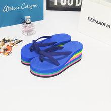 Новинка; Летние женские вьетнамки на танкетке; Разноцветные шлепанцы на высоком каблуке; Нескользящая пляжная обувь; Вьетнамки; Сандалии; T02(Китай)