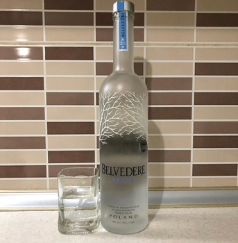 GREY GOOSE / BELVEDERE VODKA