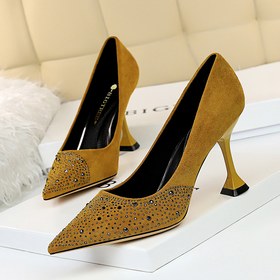 2020 Hot Manufacturer wholesale price suede upper 8 cm women high heel shoes high heels