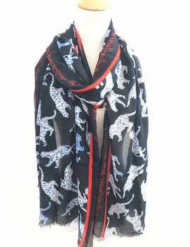 Fashion hot sale tiger and custom word print 100% viscose rayon women scarf