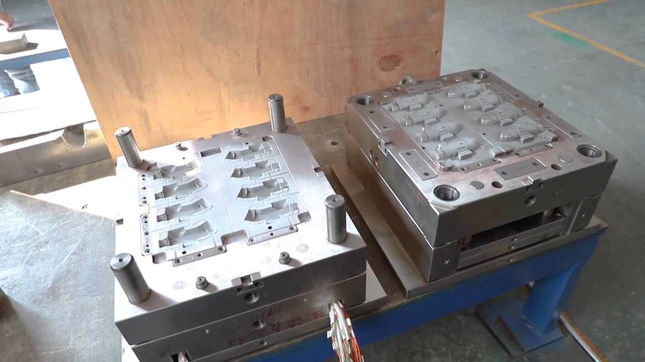 Custom injection cup mould perfume plastic molding