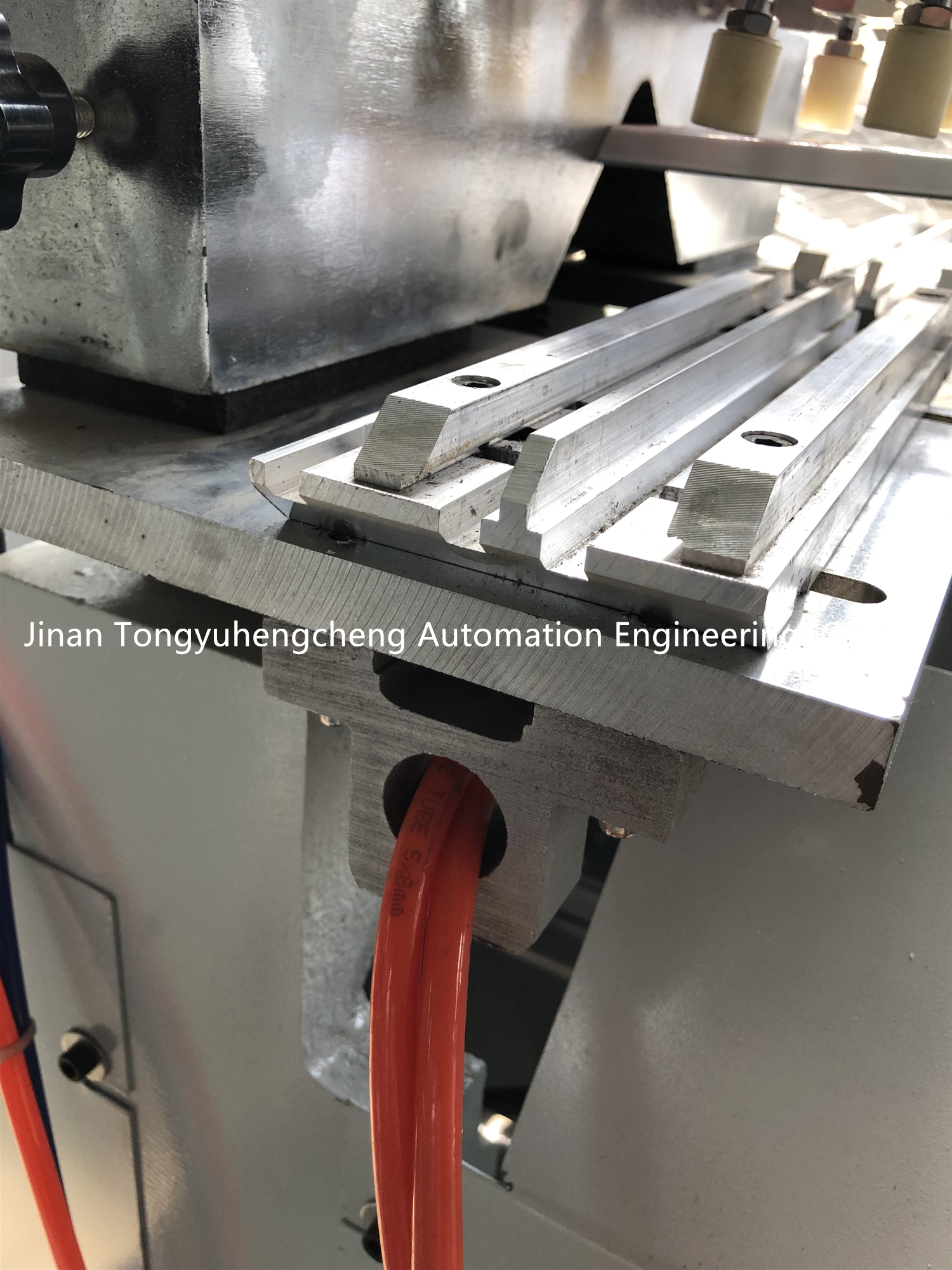 Eco-Friendly aluminum window machine maker
