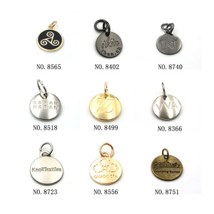 Custom various color brand name logo metal keychain tags for gift