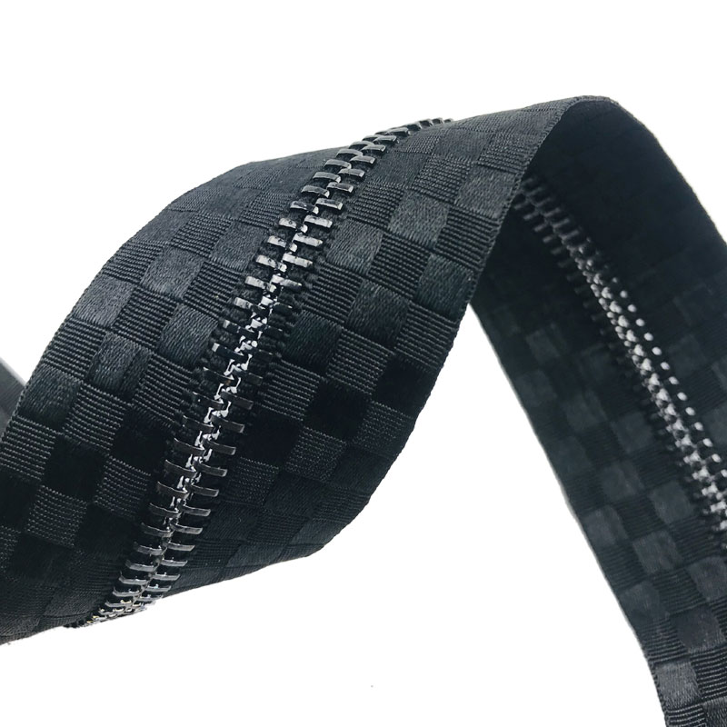 wholesale zipper endless #5 open end metal zipper satin tape special metal zipper black metal teeth