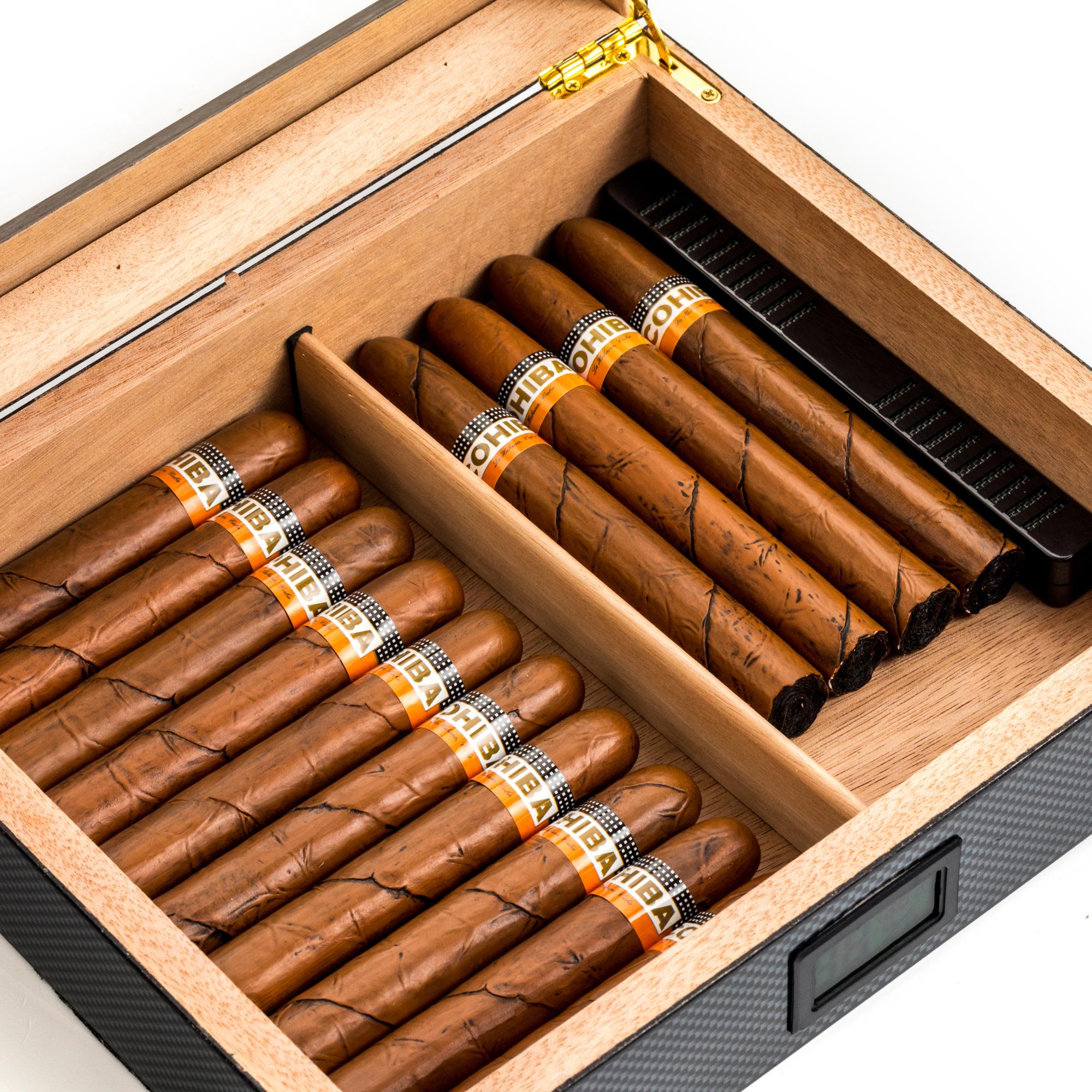 Factory OEM Black Cedar Humidor Custom Logo Wood Unique Cigar Box With Window Digital Hygrometer Box For storage Cigar