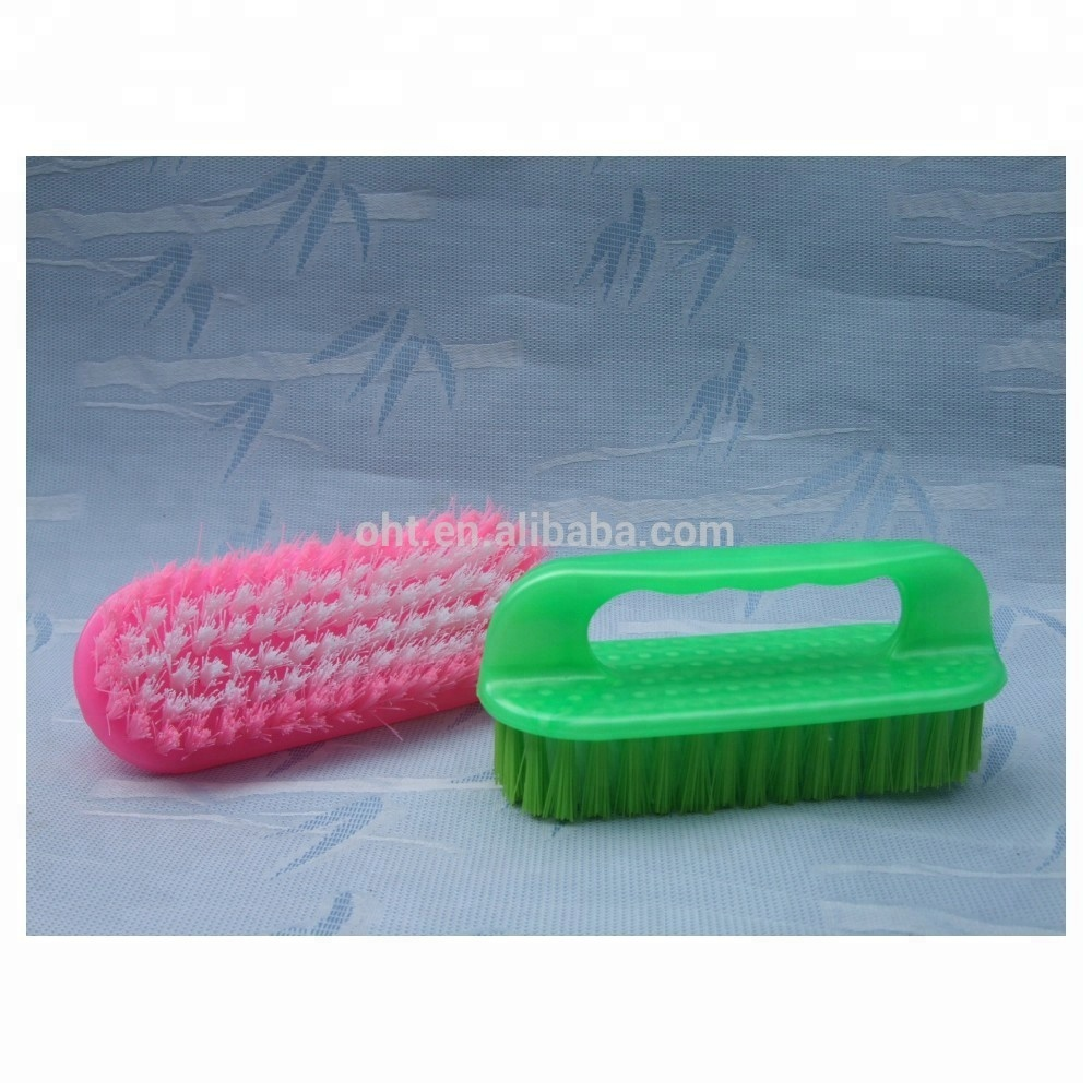 צבעים פלסטיק כביסה ניקוי מברשת עם ידית