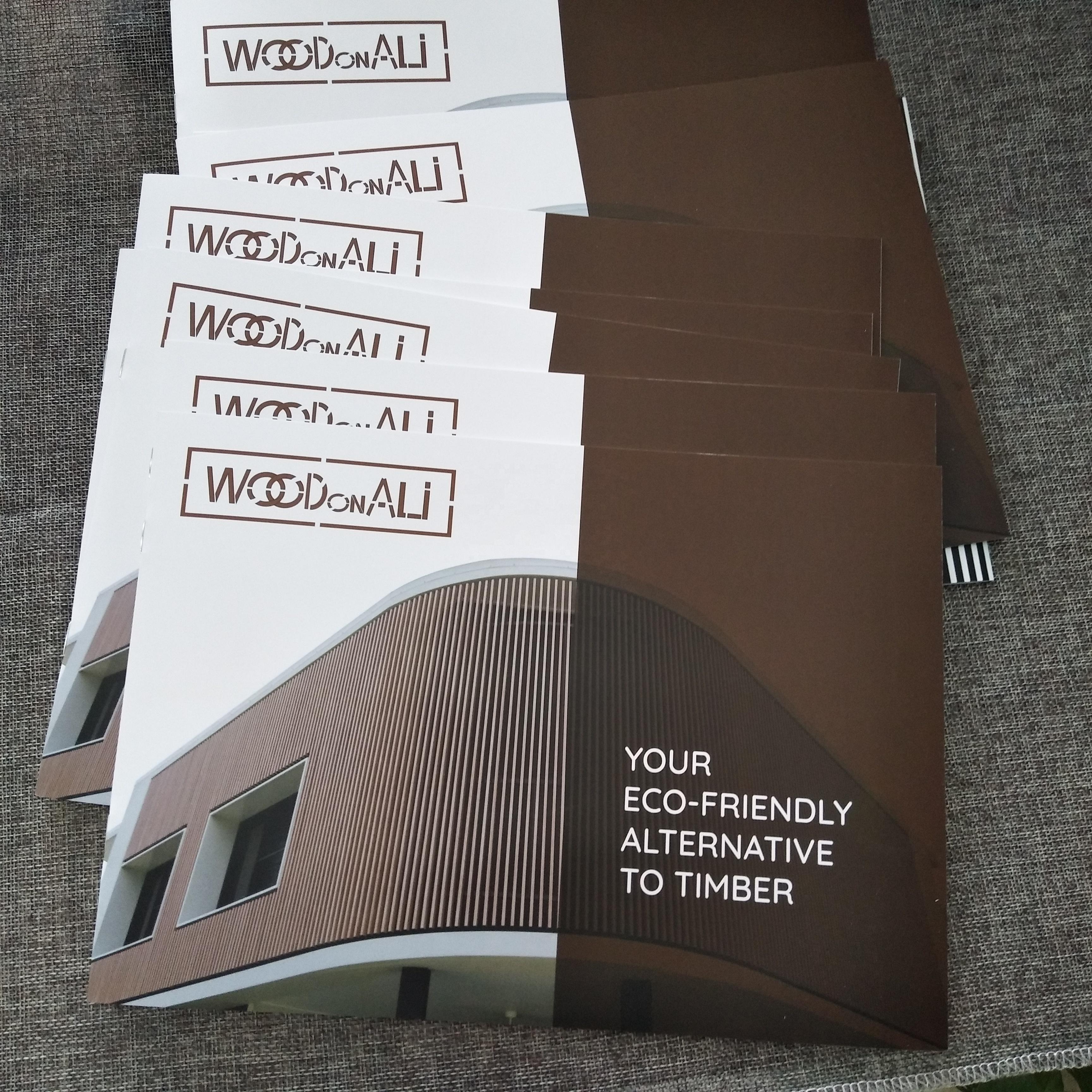 Custom color printing folded flyer saddle stitching brochure