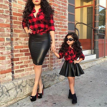 Ivy10506A Summer fashion girls kids 2pcs clothing set girls red plaid shirt with PU skirt outfits