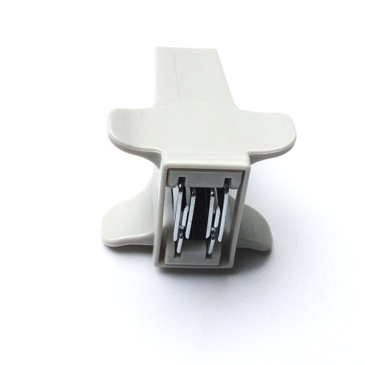 Office stapler remover