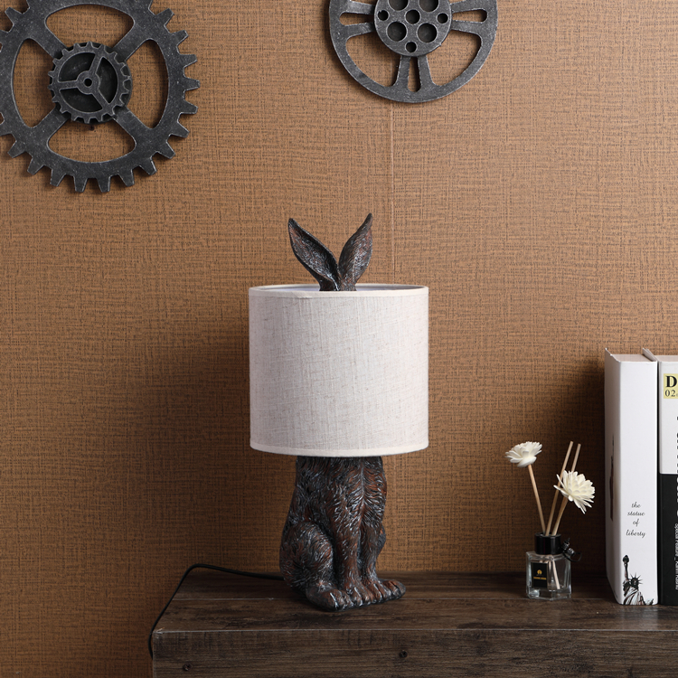 Top sale hotel living room rabbit shape animal resin vintage table lamps for home decor