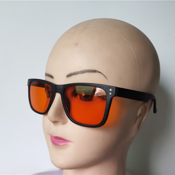 for better sleep night use laminated ebony + maple wood red lens 100% green light and blue light blocking glasses