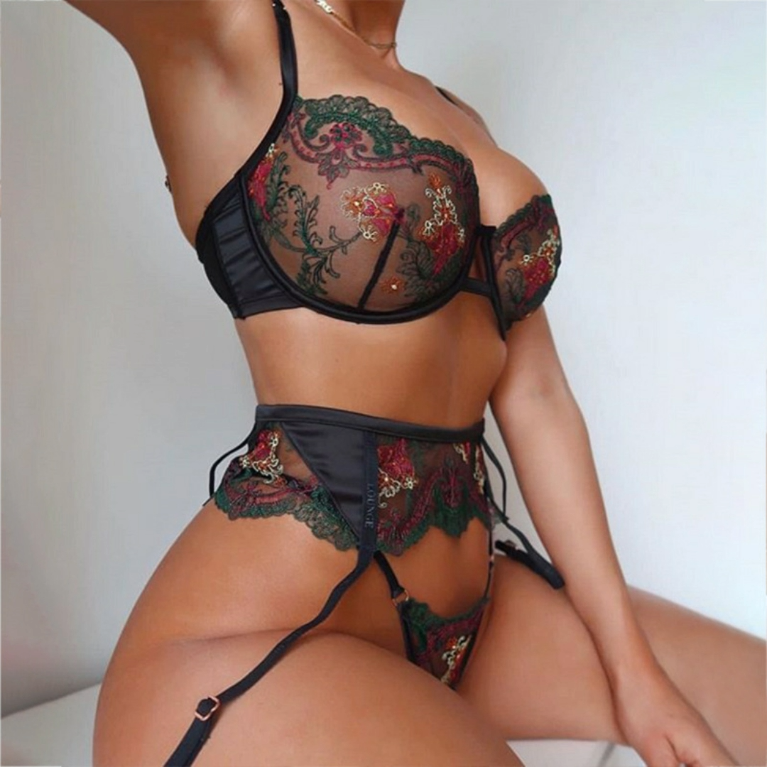 Hot selling luxury embroidery high quality lady underwear set breathable mesh push up lingerie sets