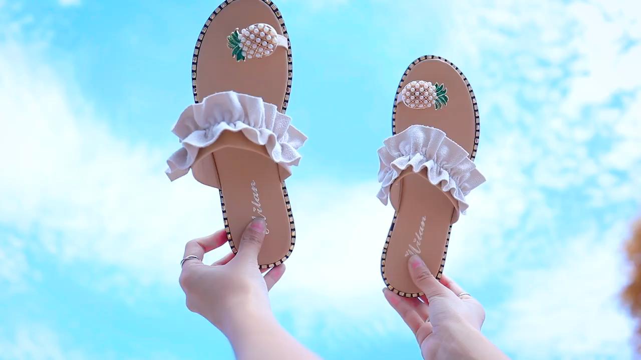Hotselling großhandel günstige mode sommer sandale ananas strass mädchen dame slipper rutsche hersteller flache slipper frau
