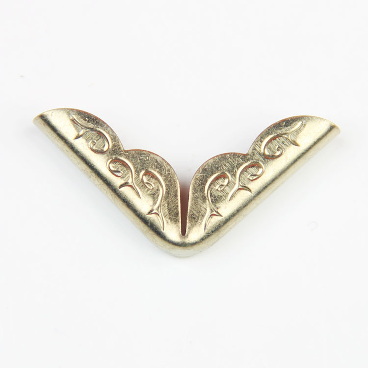 Factory Sales Custom Design Brass Material High Quality Shirt Collar Clips