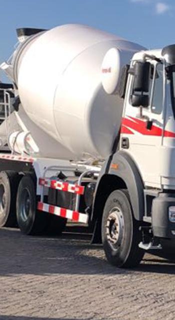 بيبين العلامة التجارية الجديدة الاسمنت شاحنة لخلط المواد ذاتية التحميل خلاط خرسانة صغير الحجم شاحنة لخلط المواد بيع