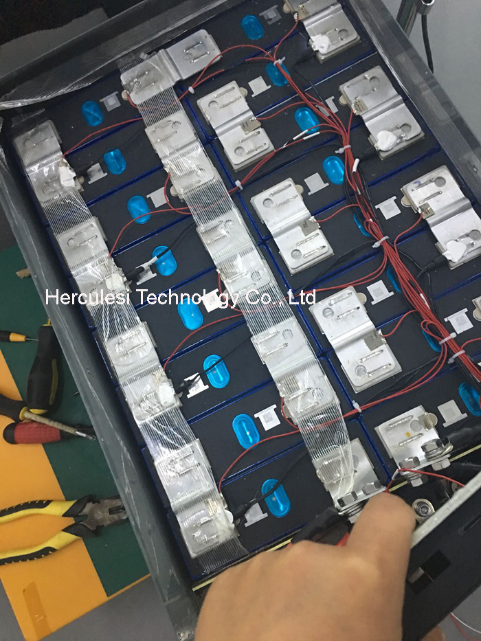 LFP Prismatik Lithium 3.2V 100Ah 200Ah 300Ah 400Ah LiFePO4 Sel Baterai untuk DIY 10KW 20KW 30KW 40KW EV RV Penyimpanan Surya