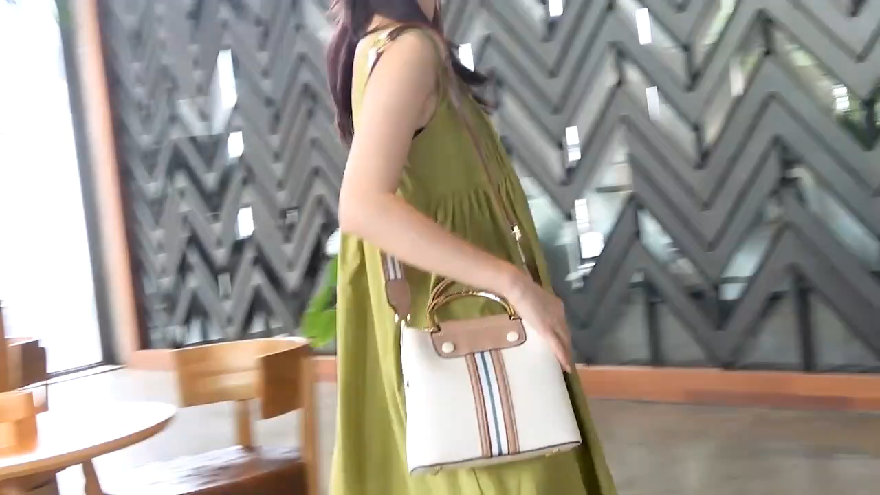 Metal Handle Women Bag Wide Strap Shoulder Bags Female Pure Leather Lady Hand Bag