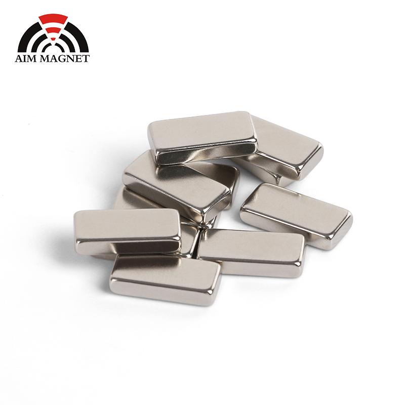 קבוע באיכות גבוהה מגנט n52 חזק מגנט 50mm x 25mm x 10mm ndfeb neodymium בלוק מגנט